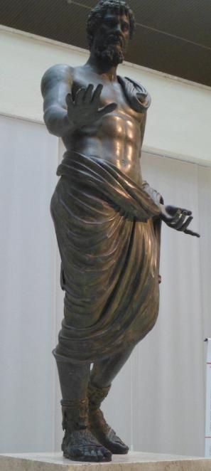 Statue en bronze de l'empereur Septime Sévère conservée au Musée du Cinquantenaire à Bruxelles © Roma Aeterna